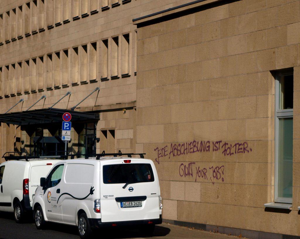 Graffiti am Ausländeramt Aachen & No Border Action Days u2013 Page 2 u2013 No Border Action